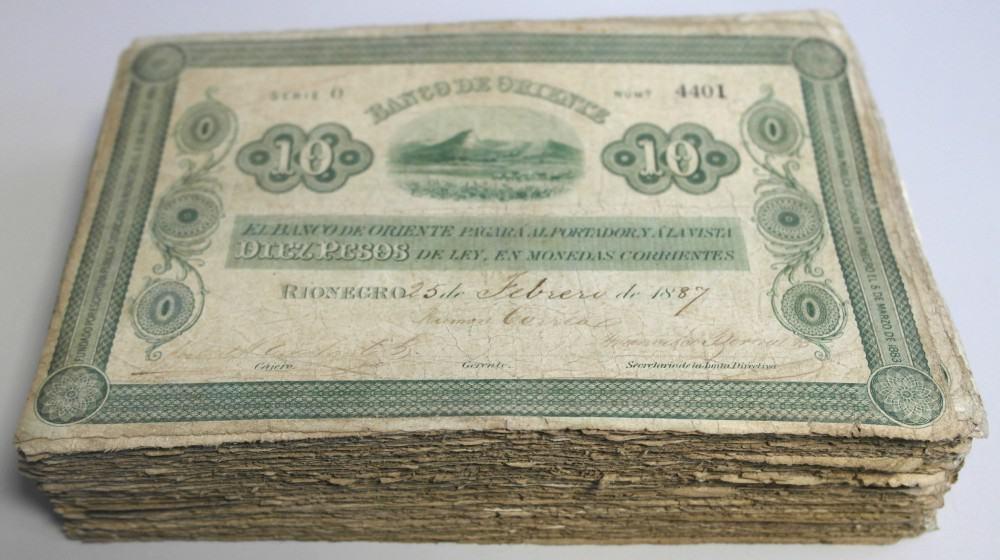 10 pesos Colombia