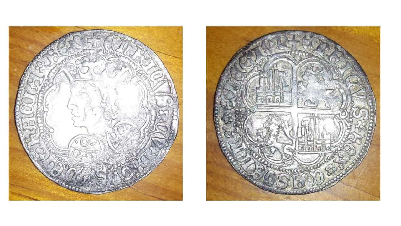 busto de Enrique IV con ceca de Sevilla Auténtico