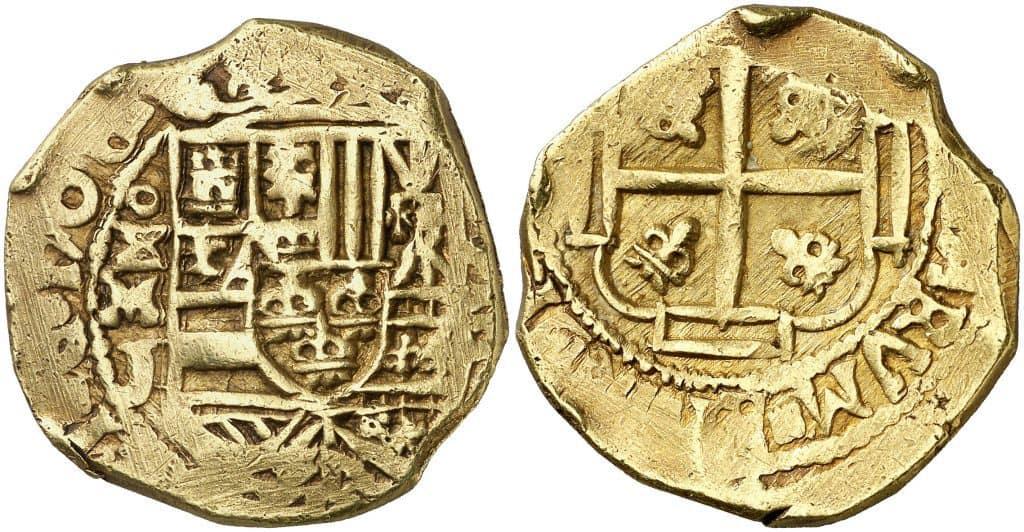 8 escudos de México 1708. Procedente del naufragio de Nuestra Señora de las Nieves en 1715. Subastado por Áureo & Calicó en diciembre de 2013.