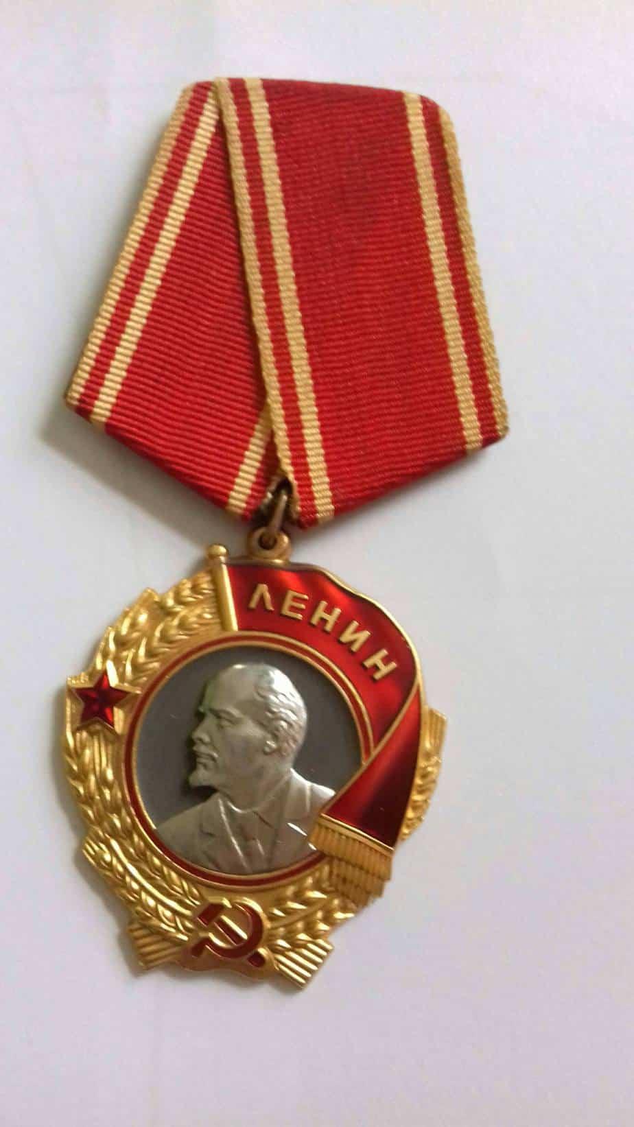 El precio de unas medallas de Lenin