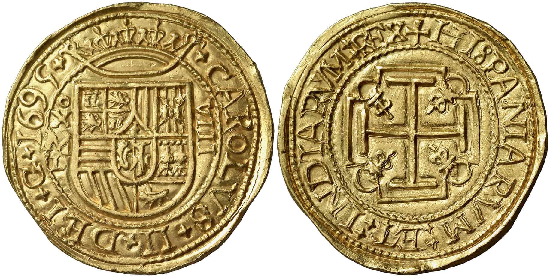 Figura 5: 1695. México. L. 8 escudos.