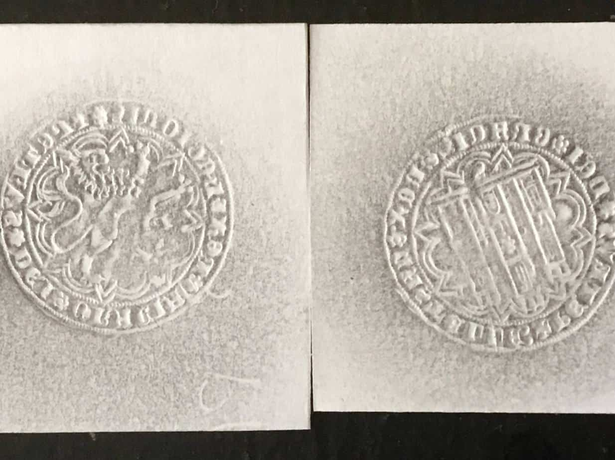 Imagen 1: Impronta de una dobla de 35 maravedís de Pedro I