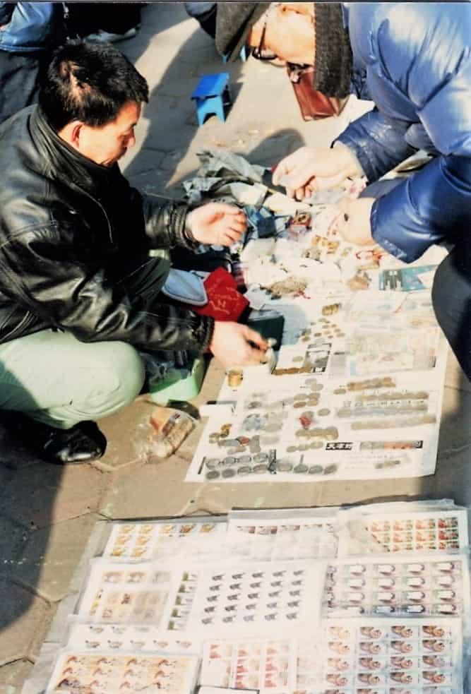Comprando en el Yuetan Park de Pekin en 1994