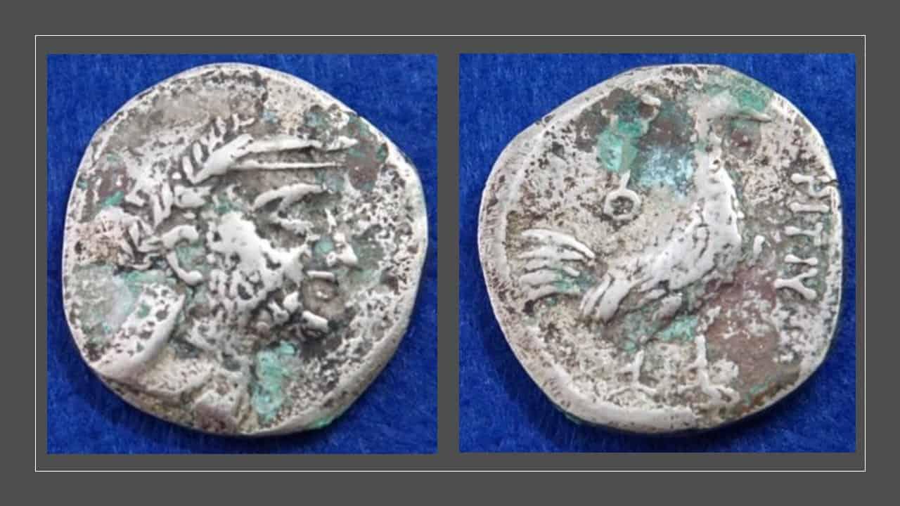Comprando moneda griega en Afganistán