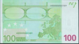 100 euros. España. Número de serie: V00000000589.